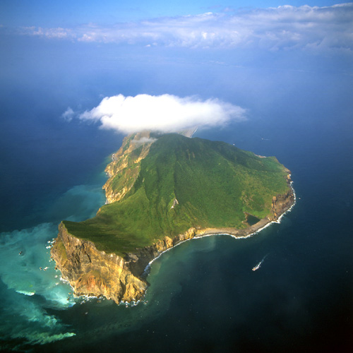 turtle_island_from_the_air_taiwan_photo_lin_min-jen